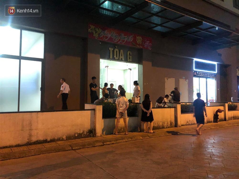 Hà Nội: Bé gái 3 tuổi rơi từ tầng cao chung cư xuống đất tử vong thương tâm-2