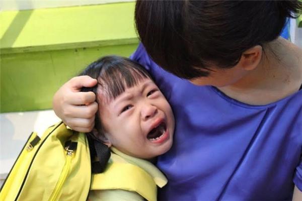 Hội phụ huynh sang chấn tâm lý: Hết dọa nạt đến chèo kéo con không chịu đến trường-7