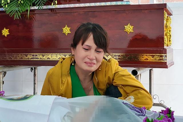 Bé gái 5 tuổi bị xâm hại, bóp cổ đến chết: Vợ khai gian lịch trình của chồng-3