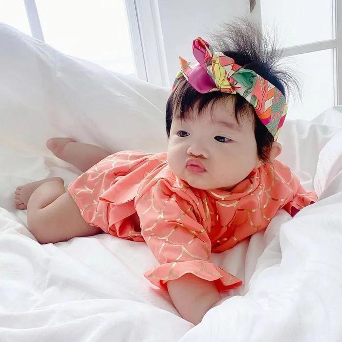 Đông Nhi - Ông Cao Thắng không tiếc tay sắm sửa sành điệu cho con gái Winnie-9