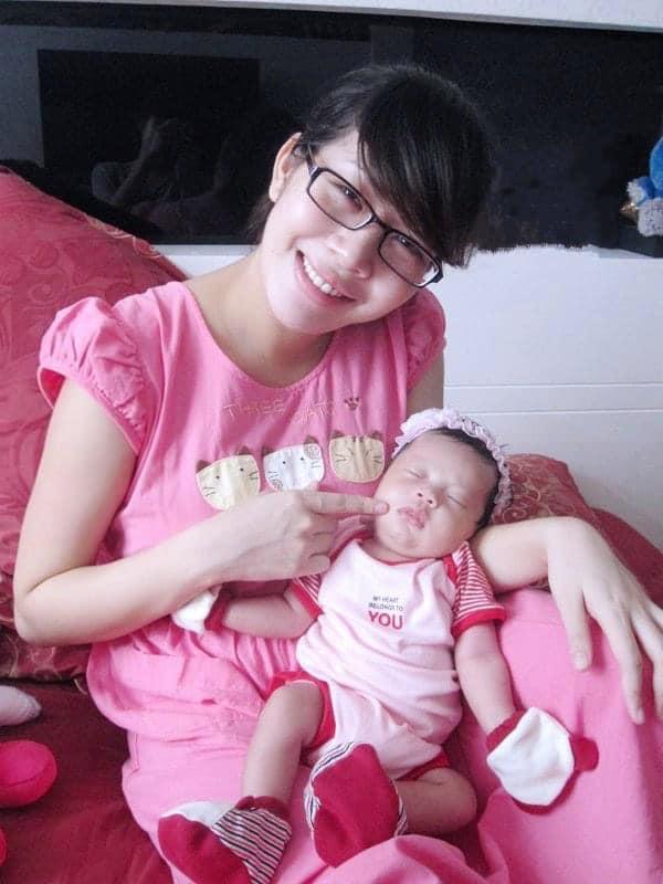 Sau 10 năm làm mẹ, MC Diệp Chi giờ mới chịu khoe nhan sắc nằm ổ-2