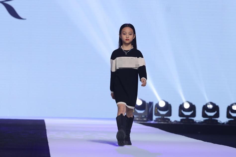 Con gái các mỹ nhân Hoa ngữ nườm nượp vào showbiz-2