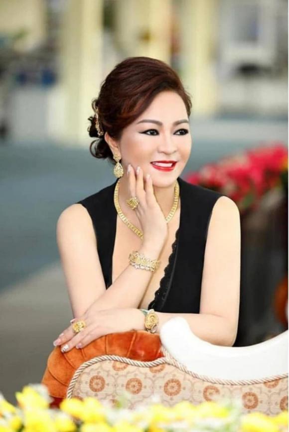 NS Hoài Linh trở lại làm TikToker, bày tỏ thái độ với vợ Dũng Lò Vôi-4