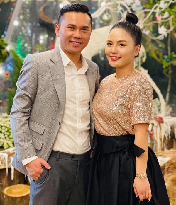 Hôn nhân Tú Dưa - Lam Trang: Từ bạn bè đến phụ huynh phải nhắc nhở-1