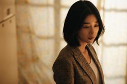 Bất chấp scandal, phim mới của Seo Ye Ji vẫn vượt mặt Gong Yoo - Park Bo Gum