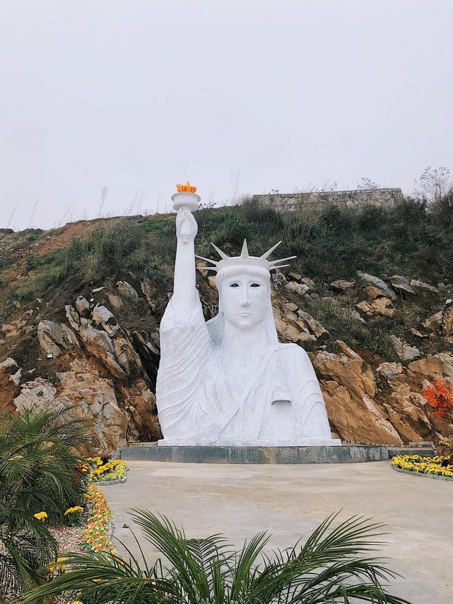 Chủ tượng Nữ thần Tự do phiên bản đột biến ở Sa Pa lên tiếng-1