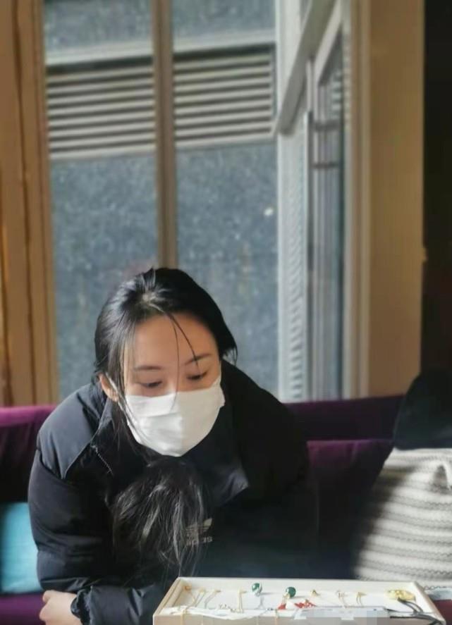 Rộ tin thế lực ngầm đưa Trịnh Sảng trở lại showbiz-2