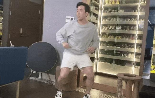 Soi tủ đồ hiệu của sao Việt, người ngỡ giàu nhất lại đơn giản khó tin-4