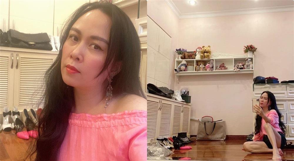 Soi tủ đồ hiệu của sao Việt, người ngỡ giàu nhất lại đơn giản khó tin-16
