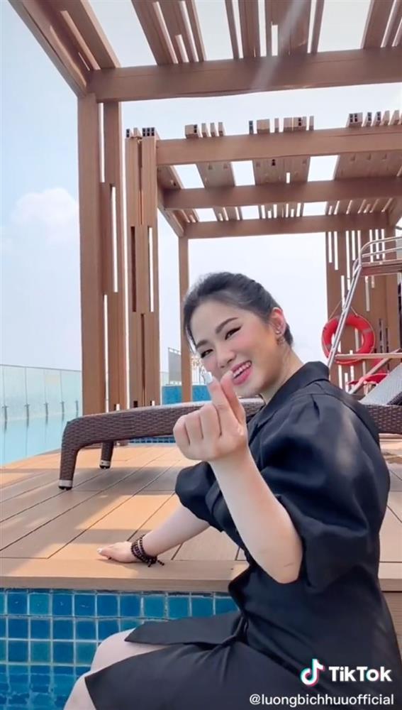 Lương Bích Hữu cover Sài Gòn Đau Lòng Quá, lập tức có luôn 5 triệu view-2