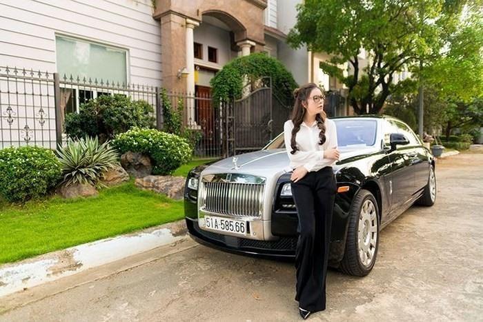 Điểm mặt sao Việt sở hữu xế khủng Rolls-Royce 40 tỷ đồng-4