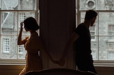 6 câu nói gây ức chế mỗi khi cãi nhau khiến tình cảm yêu đương rạn nứt