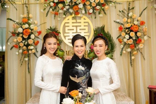 Lan Ngọc diện áo dài đẹp hơn cả cô dâu trong đám cưới em trai-7