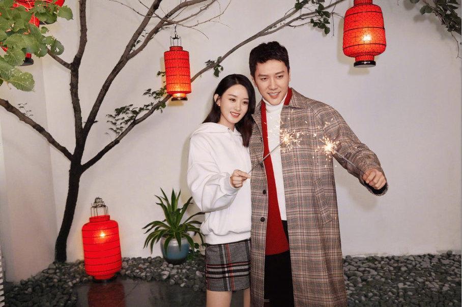 Triệu Lệ Dĩnh ly hôn: Lời nguyền H&M, cứ làm đại sứ là toang mối tình?-2