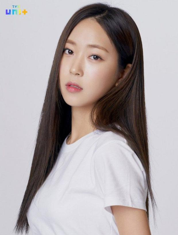 Sắp chạm đỉnh vinh quang lại đột ngột giã từ ngành giải trí, 5 idol khiến fan tiếc nuối-13