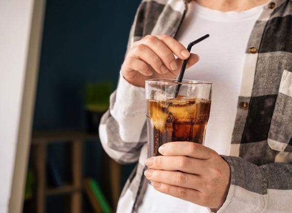 7 đồ uống có thể hại ruột nếu lạm dụng, có loại người Việt uống quanh năm suốt tháng-4