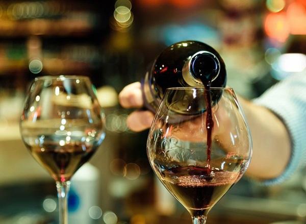 7 đồ uống có thể hại ruột nếu lạm dụng, có loại người Việt uống quanh năm suốt tháng-5