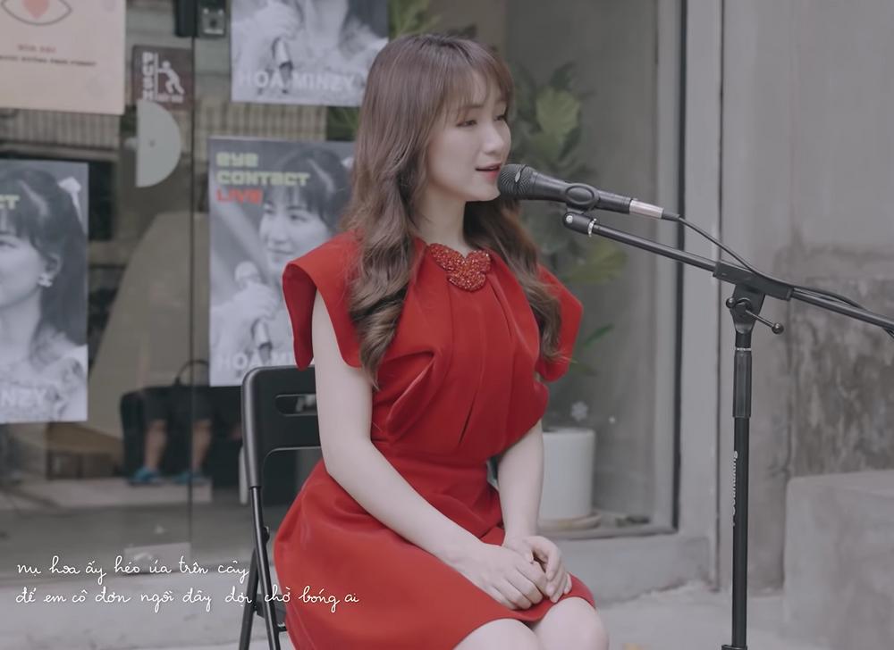 Hòa Minzy cover nhạc phim thời ô kìa, bị nhận xét nắn nót quá đâm mệt-5