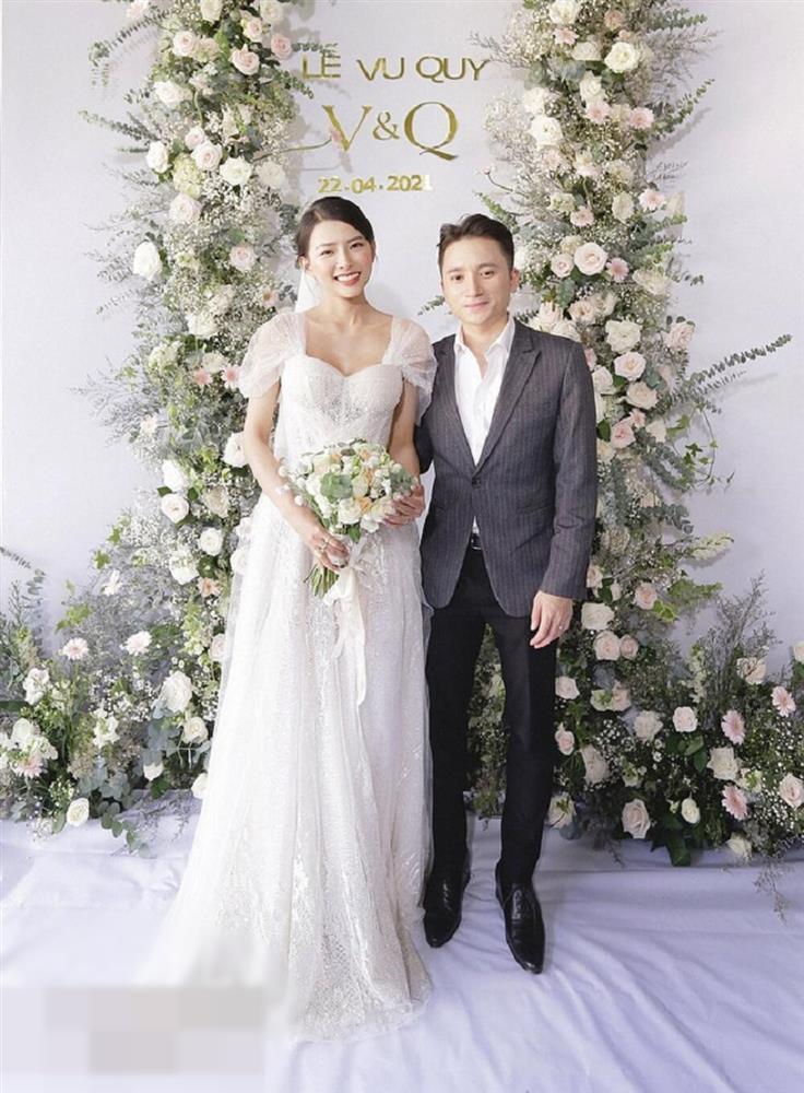 3 lần đám cưới, Phan Mạnh Quỳnh chi 700 triệu cho riêng váy cô dâu-3
