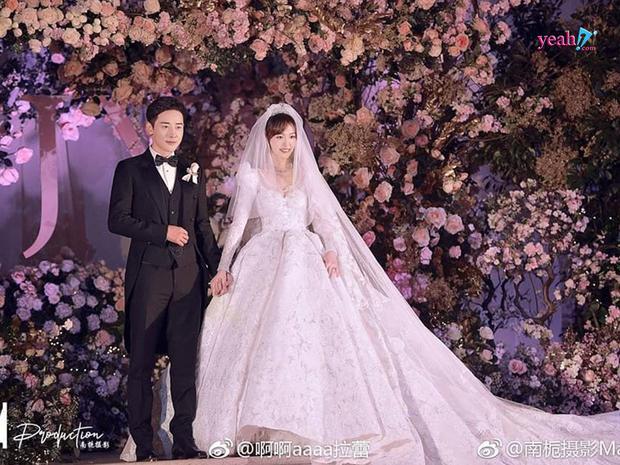 Hôn nhân của 5 tiểu Hoa đán: Toang gần hết, Angela Baby mấp mé ly hôn, Triệu Lệ Dĩnh tủi nhất-6