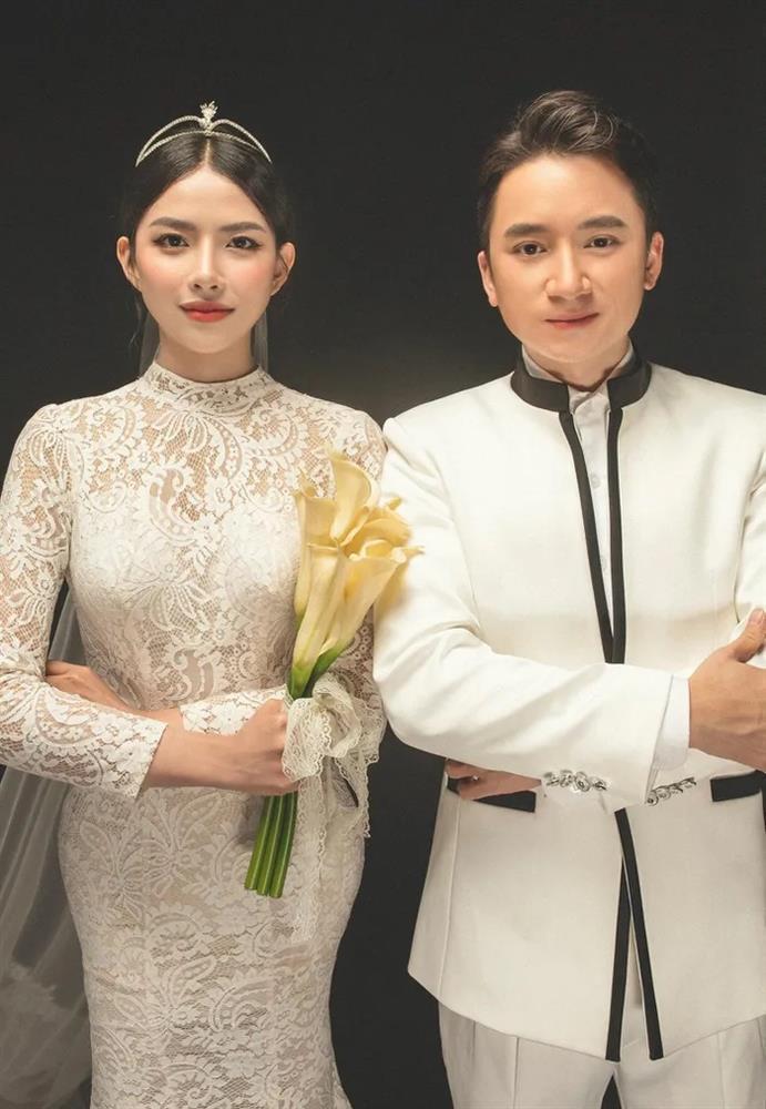 3 lần đám cưới, Phan Mạnh Quỳnh chi 700 triệu cho riêng váy cô dâu-11