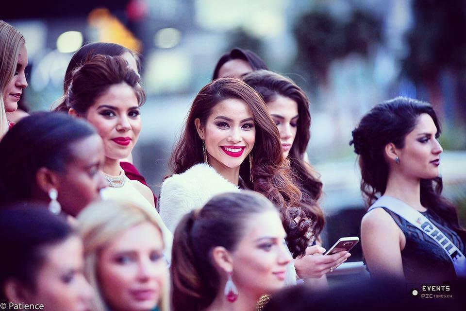 Phạm Hương sai lầm khi giành chỗ đẹp tại Miss Universe 2015?-6