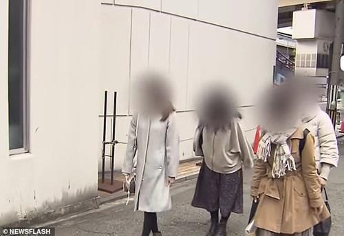 Hẹn hò cùng lúc 35 cô gái, chàng trai 29 tuổi nhận cái kết đắng ngắt-3