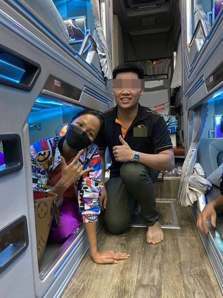 Hoa hậu HHen Niê bị bắt bẻ làm màu chỉ vì đi xe khách-1