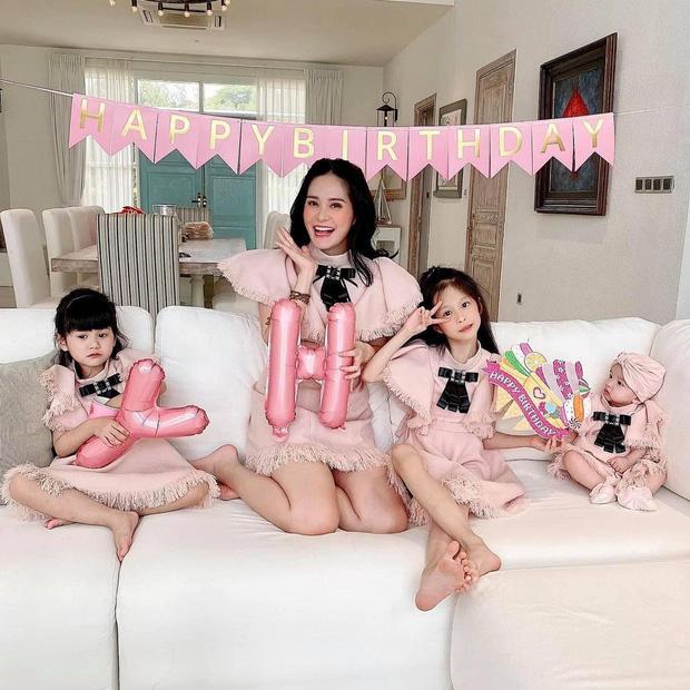 3 rich kid nhà Đoàn Di Băng: Xinh như thiên thần, lấy đồ hiệu làm đồ chơi từ nhỏ-1