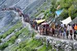 Ấn Độ 'thả cửa' cho 600.000 người hành hương giữa 'bão' Covid-19