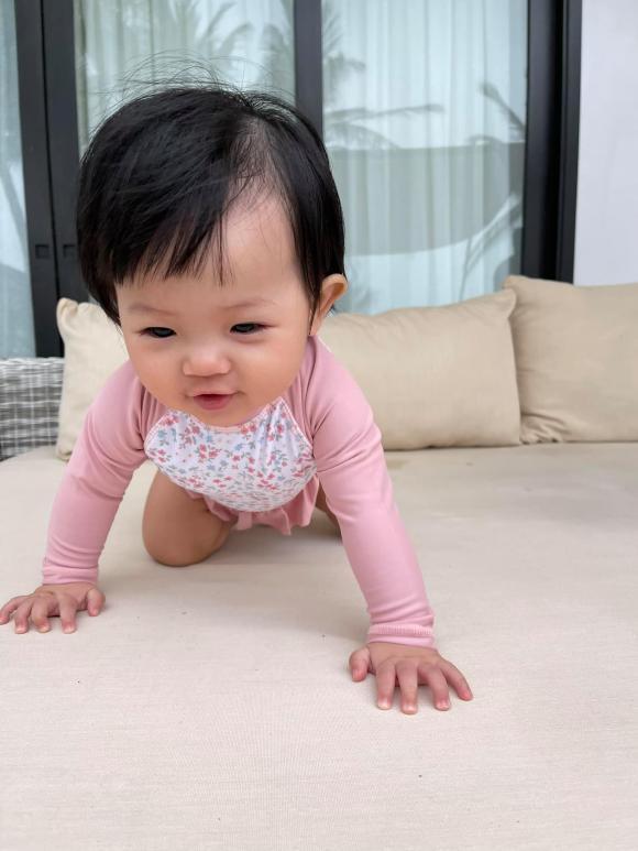 Ái nữ nhà Cường Đô La tung trọn bộ diện áo tắm chào hè, mới 7 tháng tuổi siêu hot!-2
