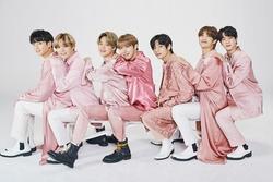 BTS rủ nhau chụp concept vừa ngầu vừa sexy, mỗi J-hope chịu 'lạc quẻ'