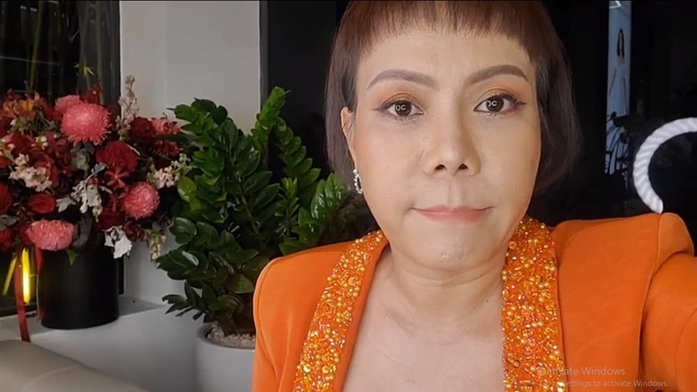 Việt Hương phản ứng trước nhận xét sửa mặt lạ hoắc-2