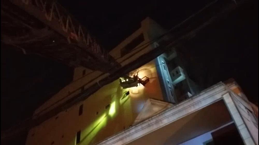 Cháy chung cư ở Sài Gòn, hàng chục người mắc kẹt, hoảng loạn kêu cứu-2