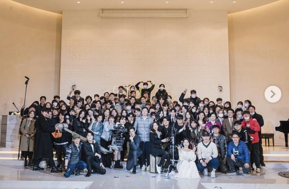 Jennie, G-Dragon vi phạm quy định chống Covid-19-4
