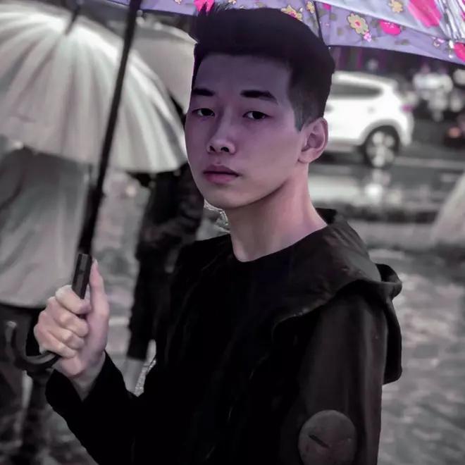 Nam sinh Lào Cai từng được cảnh sát phá cửa gọi đi thi khoe thu nhập tiền tỷ-3