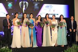 Hoa hậu Trái đất Phương Khánh như 'cô bé đi lạc' giữa rừng mỹ nhân