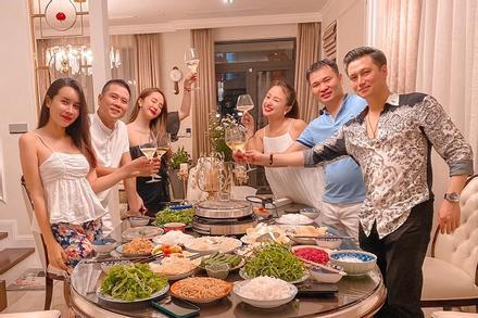 Quỳnh Nga để lộ danh tính chồng sắp cưới của Vân Hugo