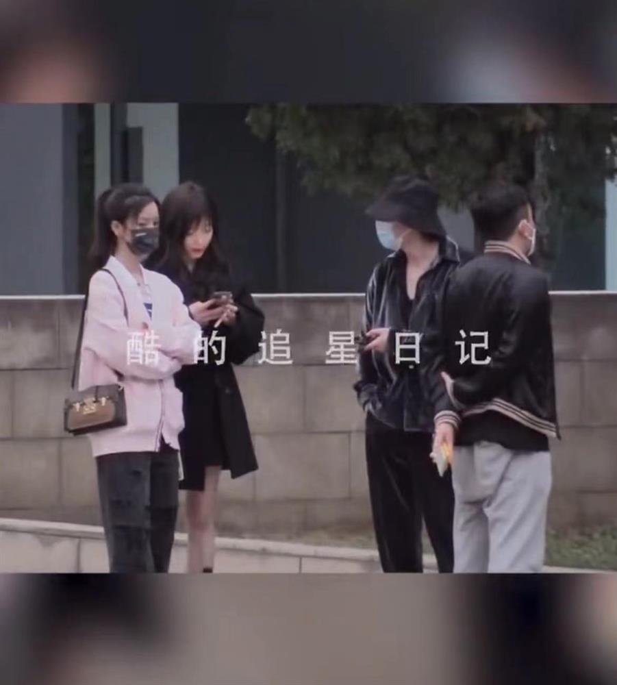 Lộc Hàm bị bắt gặp đi bar cùng hotgirl khi đang yêu Quan Hiểu Đồng-4