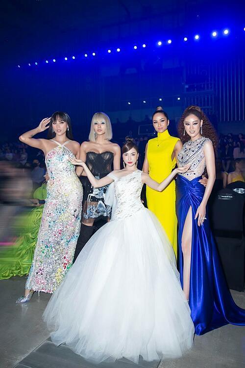 Hòa Minzy rơi vào thảm cảnh khi chạm mặt hoa hậu Diễm Hương-2