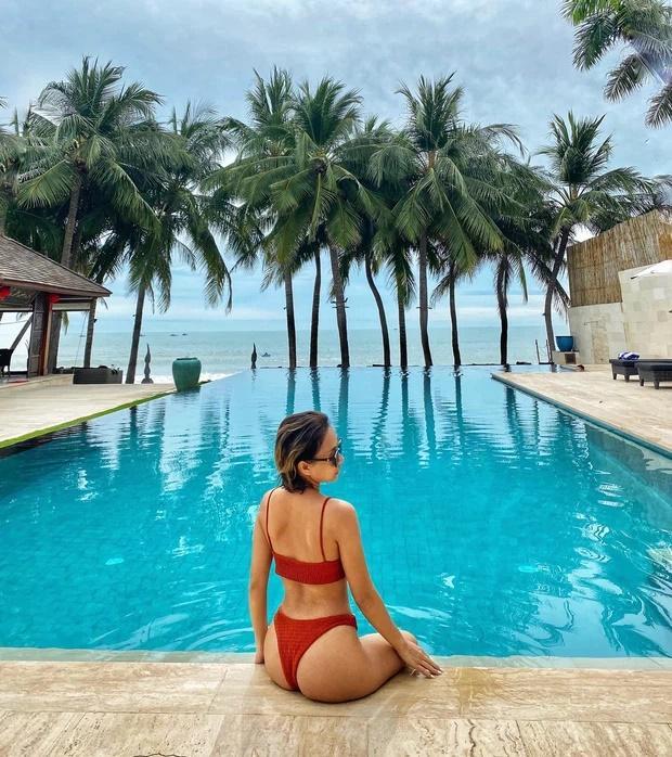 Nữ ca sĩ Việt khoe ảnh nude 100% tắm tiên khiến cả dàn sao Vbiz xôn xao-4