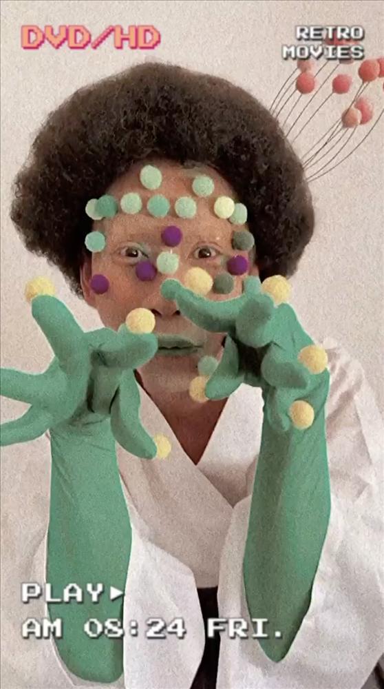 Chán giả gái, Hải Triều hóa trang thành virus Corona-1
