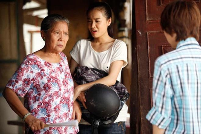NSƯT Lê Thiện - người bà trong loạt phim nổi tiếng Việt Nam bị ngã nứt xương-2