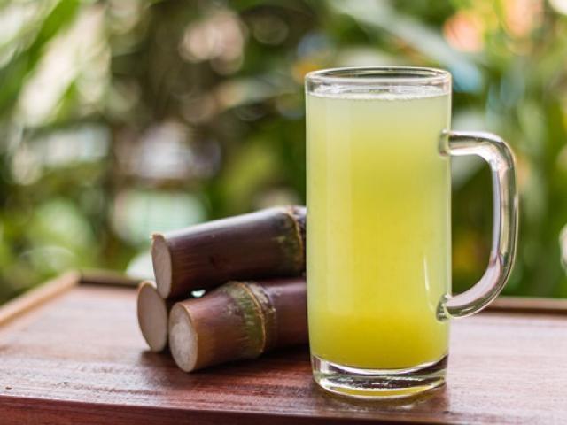 Uống nước mía mùa hè nên tránh một số điều để không sinh bệnh-1