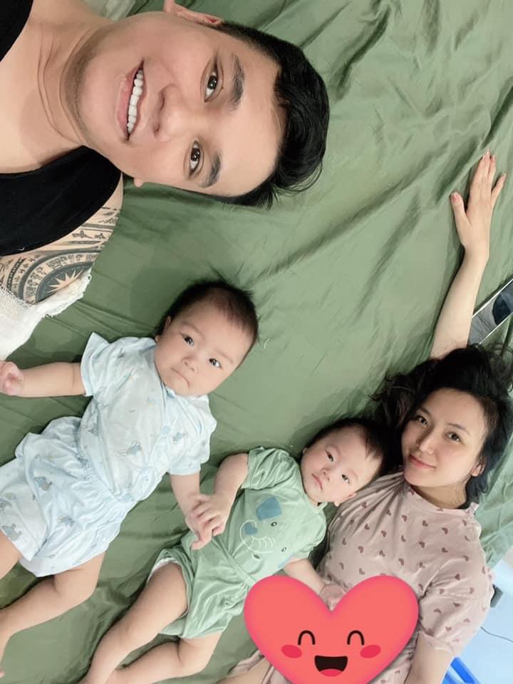 Nhà Khắc Việt lên sóng, diện mạo cặp song sinh chiếm spotlight-1