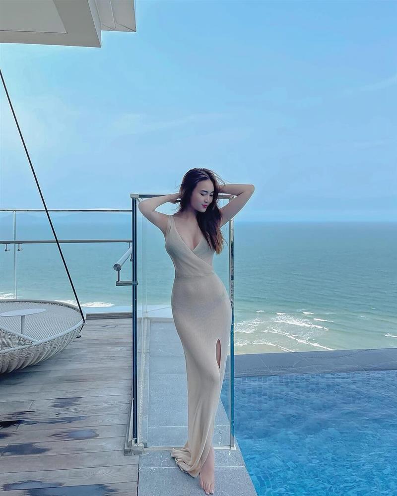 Ninh Dương Lan Ngọc diện đầm xuyên thấu nội y mà không hề bị fan chê phản cảm-2