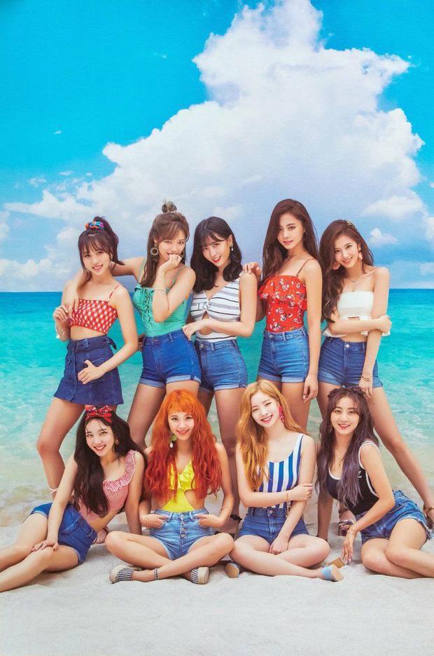 TWICE ấn định tận 2 ngày comeback nhưng teaser nhìn tưởng menu quán nước-6