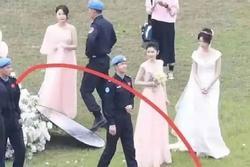 Chơi bóng chưa đủ, Vương Nhất Bác còn hẹn Trương Triết Hạn - Hoàng Cảnh Du làm phù rể ở phim mới