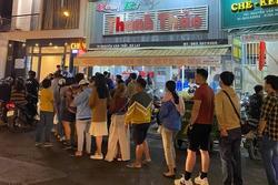 Bi kịch du lịch Đà Lạt mùa nghỉ lễ: Tụt huyết áp vì xếp hàng ăn ly kem bơ!