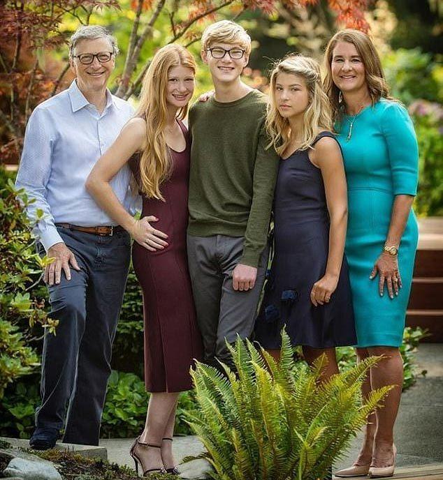 Tỷ phú Bill Gates và vợ ly hôn sau gần 30 năm chung sống-3